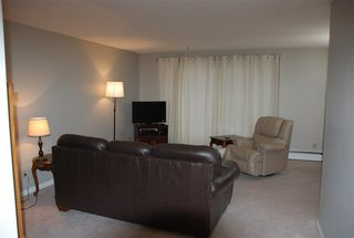 Photo 2: 103 5520 Riverbend Road in Edmonton: Zone 14 Condo for sale : MLS®# E4160462
