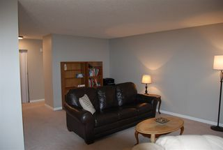Photo 3: 103 5520 Riverbend Road in Edmonton: Zone 14 Condo for sale : MLS®# E4160462
