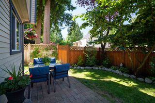 """Photo 15: 34 2986 COAST MERIDIAN Road in Port Coquitlam: Birchland Manor Townhouse for sale in """"MERIDIAN GARDENS"""" : MLS®# R2380834"""