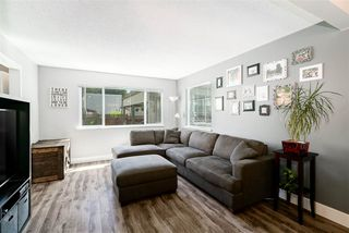 """Photo 4: 34 2986 COAST MERIDIAN Road in Port Coquitlam: Birchland Manor Townhouse for sale in """"MERIDIAN GARDENS"""" : MLS®# R2380834"""
