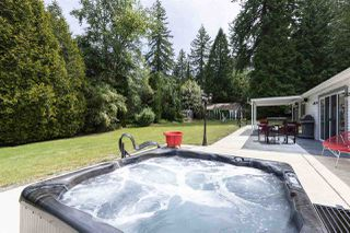 """Photo 14: 2636 COUNTRY WOODS Drive in Surrey: Grandview Surrey House for sale in """"COUNTRY WOODS ESTATES"""" (South Surrey White Rock)  : MLS®# R2382374"""