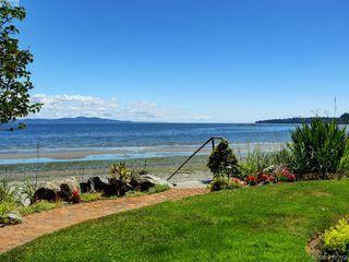 Photo 21: 5043 Cordova Bay Road in VICTORIA: SE Cordova Bay Single Family Detached for sale (Saanich East)  : MLS®# 412702