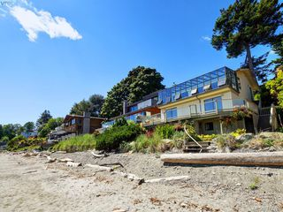Photo 2: 5043 Cordova Bay Road in VICTORIA: SE Cordova Bay Single Family Detached for sale (Saanich East)  : MLS®# 412702