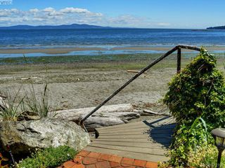 Photo 22: 5043 Cordova Bay Road in VICTORIA: SE Cordova Bay Single Family Detached for sale (Saanich East)  : MLS®# 412702