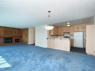 Photo 10: 5043 Cordova Bay Road in VICTORIA: SE Cordova Bay Single Family Detached for sale (Saanich East)  : MLS®# 412702