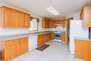 Photo 11: 13031 158 Avenue in Edmonton: Zone 27 House for sale : MLS®# E4164973