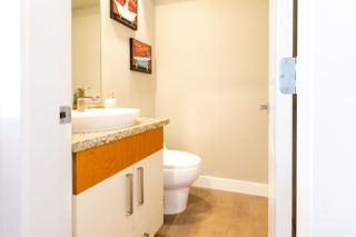 "Photo 10: 23 19448 68 Avenue in Surrey: Clayton Townhouse for sale in ""NUOVO"" (Cloverdale)  : MLS®# R2413880"