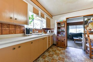 "Photo 8: 6245 126 Street in Surrey: Panorama Ridge House for sale in ""Panorama"" : MLS®# R2422606"