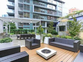 "Photo 19: 606 1133 HORNBY Street in Vancouver: Downtown VW Condo for sale in ""ADDITION LIVING"" (Vancouver West)  : MLS®# R2435842"