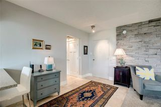 Photo 3: 503/504 3204 RIDEAU Place SW in Calgary: Rideau Park Apartment for sale : MLS®# C4300228