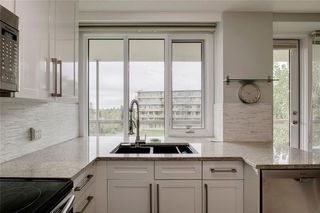 Photo 12: 503/504 3204 RIDEAU Place SW in Calgary: Rideau Park Apartment for sale : MLS®# C4300228
