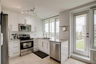 Photo 15: 503/504 3204 RIDEAU Place SW in Calgary: Rideau Park Apartment for sale : MLS®# C4300228