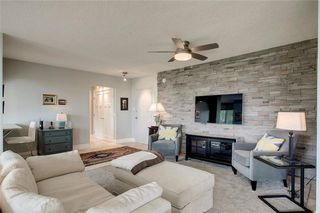 Photo 4: 503/504 3204 RIDEAU Place SW in Calgary: Rideau Park Apartment for sale : MLS®# C4300228