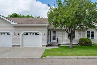 Photo 2: 58 9704 165 Street in Edmonton: Zone 22 Townhouse for sale : MLS®# E4206773
