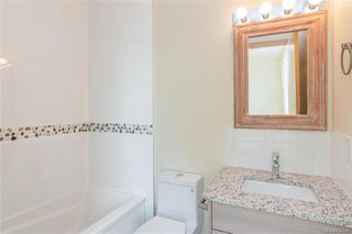 Photo 14: 403 2130 Sooke Rd in Colwood: Co Hatley Park Row/Townhouse for sale : MLS®# 842388