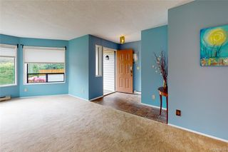 Photo 4: 4249 Quadra St in Saanich: SE Lake Hill House for sale (Saanich East)  : MLS®# 839358