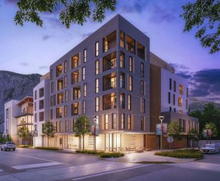 Photo 3: 604 1360 VICTORIA Street in Squamish: Downtown SQ Condo for sale : MLS®# R2478908