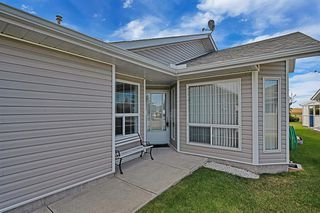 Photo 2: 12 1200 Milt Ford Lane: Carstairs Duplex for sale : MLS®# A1031340
