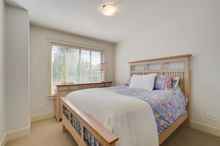 Photo 28: 729 23 Avenue NW in Calgary: Mount Pleasant Semi Detached for sale : MLS®# A1031696
