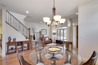 Photo 6: 729 23 Avenue NW in Calgary: Mount Pleasant Semi Detached for sale : MLS®# A1031696