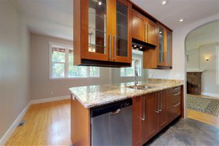 Photo 6: 10015 93 Street NW in Edmonton: Zone 13 House for sale : MLS®# E4215019