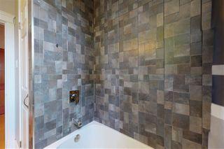Photo 17: 10015 93 Street NW in Edmonton: Zone 13 House for sale : MLS®# E4215019
