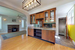Photo 9: 10015 93 Street NW in Edmonton: Zone 13 House for sale : MLS®# E4215019