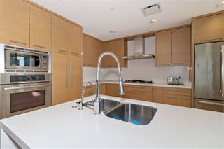 "Photo 18: 1001 628 KINGHORNE Mews in Vancouver: Yaletown Condo for sale in ""SILVER SEA"" (Vancouver West)  : MLS®# R2510572"