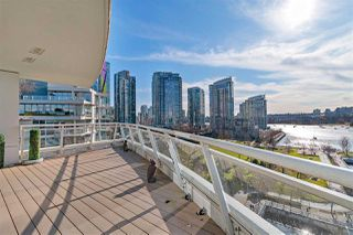 "Photo 6: 1001 628 KINGHORNE Mews in Vancouver: Yaletown Condo for sale in ""SILVER SEA"" (Vancouver West)  : MLS®# R2510572"