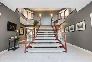 Photo 2: 421 OSBORNE Crescent in Edmonton: Zone 14 House for sale : MLS®# E4219837