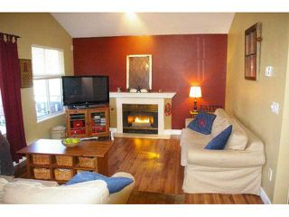 "Photo 2: 74 12099 237TH Street in Maple Ridge: East Central Townhouse for sale in ""GABRIOLA"" : MLS®# V872819"