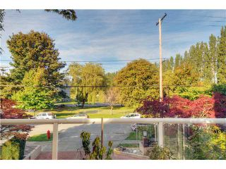 """Photo 9: 203 2020 HIGHBURY Street in Vancouver: Point Grey Condo for sale in """"HIGHBURY TOWERS"""" (Vancouver West)  : MLS®# V913658"""