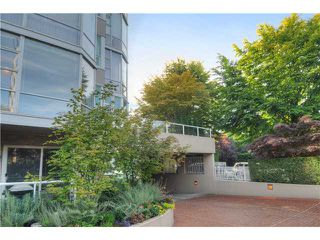 """Photo 10: 203 2020 HIGHBURY Street in Vancouver: Point Grey Condo for sale in """"HIGHBURY TOWERS"""" (Vancouver West)  : MLS®# V913658"""