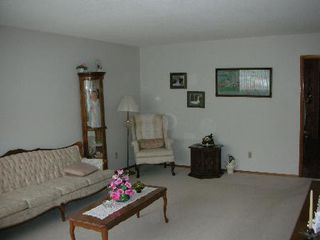 Photo 2: 9218 - 110A AVENUE: House for sale (McCauley)