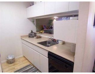 Photo 4: 401 3480 Yardley Avenue in Vancouver: Collingwood VE Condo for sale (Vancouver East)  : MLS®# V750829