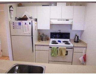 Photo 5: 401 3480 Yardley Avenue in Vancouver: Collingwood VE Condo for sale (Vancouver East)  : MLS®# V750829