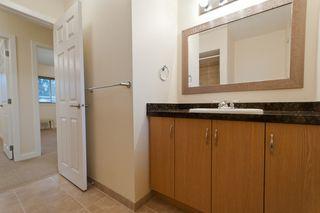 Photo 4: 1663 COQUITLAM Avenue in port coquitlam: Glenwood PQ House for sale (Port Coquitlam)  : MLS®# V940800