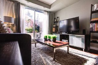 Photo 4: 22 20 Elsie Lane in Toronto: Dovercourt-Wallace Emerson-Junction Condo for sale (Toronto W02)  : MLS®# W2763702