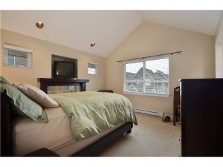 Photo 4: 255 FURNESS Street in New Westminster: Queensborough Condo for sale : MLS®# V989507
