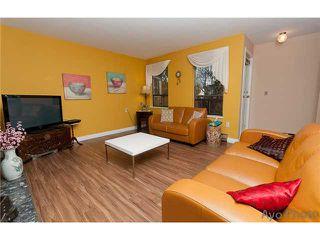 Photo 3: 103 1150 DUFFERIN Street in Coquitlam: Eagle Ridge CQ Condo for sale : MLS®# V1043500