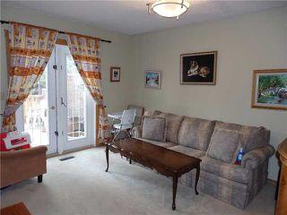 Photo 10: 15 CASTLEBROOK Rise NE in CALGARY: Castleridge Residential Detached Single Family for sale (Calgary)  : MLS®# C3609404