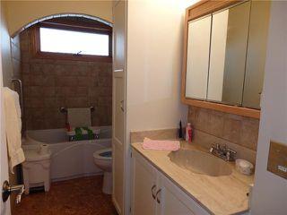 Photo 11: 15 CASTLEBROOK Rise NE in CALGARY: Castleridge Residential Detached Single Family for sale (Calgary)  : MLS®# C3609404