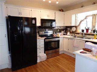 Photo 5: 15 CASTLEBROOK Rise NE in CALGARY: Castleridge Residential Detached Single Family for sale (Calgary)  : MLS®# C3609404