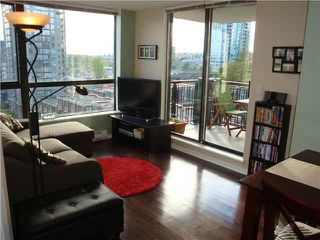 "Photo 4: 801 813 AGNES Street in New Westminster: Downtown NW Condo for sale in ""NEWS"" : MLS®# V1085074"