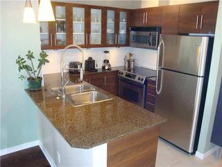 "Photo 7: 801 813 AGNES Street in New Westminster: Downtown NW Condo for sale in ""NEWS"" : MLS®# V1085074"