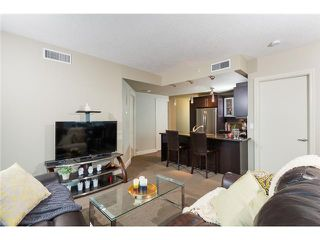 Photo 8: 1007 817 15 Avenue SW in Calgary: Connaught Condo for sale : MLS®# C3637228