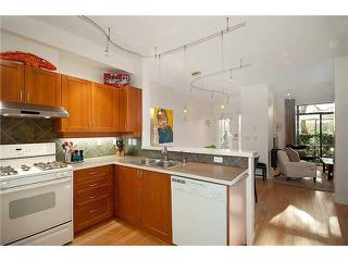 """Photo 2: 101 2688 VINE Street in Vancouver: Kitsilano Townhouse for sale in """"THE TREO"""" (Vancouver West)  : MLS®# V1094782"""