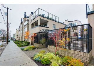 "Photo 1: 17 1350 W 6TH Avenue in Vancouver: Fairview VW Townhouse for sale in ""PEPPER RIDGE"" (Vancouver West)  : MLS®# V1094949"