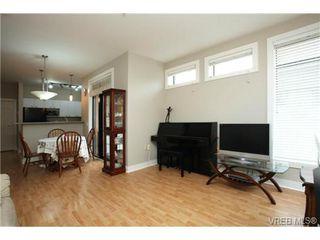 Photo 3: 103 3259 Alder Street in VICTORIA: Vi Mayfair Condo Apartment for sale (Victoria)  : MLS®# 346115