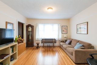 Photo 6: 220 FIFTH Avenue in New Westminster: Queens Park House for sale : MLS®# R2035537